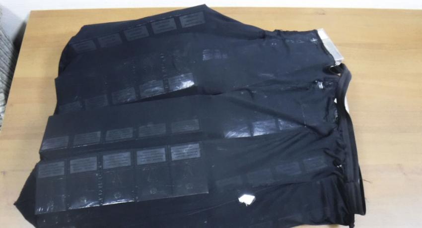 """Жительницу Абхазии в """"табачном"""" платье поймали на контрабанде сигарет"""