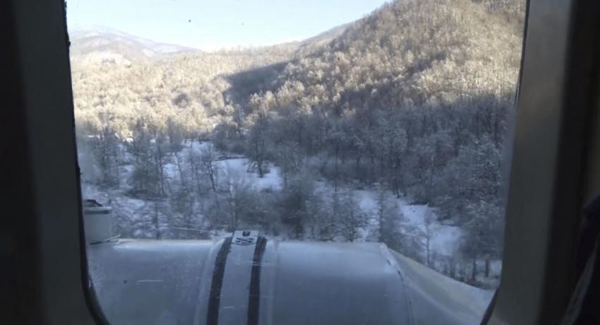 Спасатели Абхазии вызволили из снежного плена двух туристов из Москвы