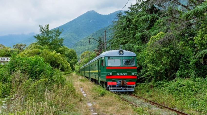 Нужен, возможен, что сулит и чем грозит железнодорожный транзит Абхазии
