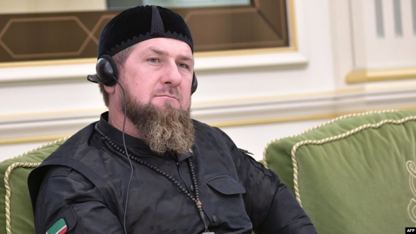 Кадыров призвал убивать и сажать за оскорбление чести в интернете