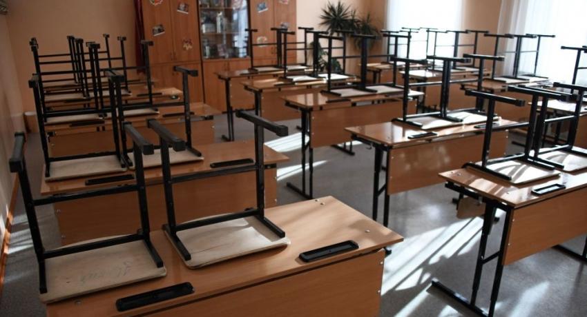 Сухумскую школу закрыли на карантин после смерти учителя с коронавирусом