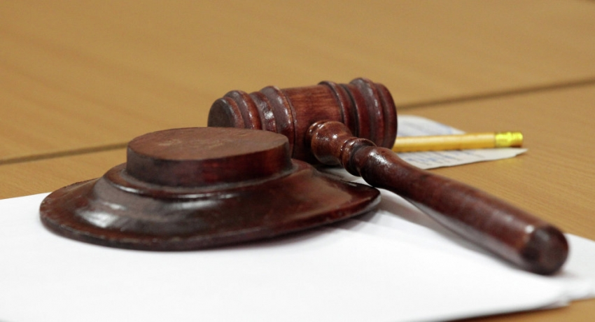 Сухумский городской суд отказал в продлении ареста в отношении лица обвиняемой в умышленном убийстве