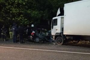 Двое мужчин погибли в аварии в Сухумском районе